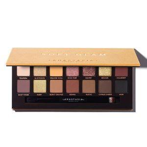 ABH Soft Glam Eyeshadow Palette